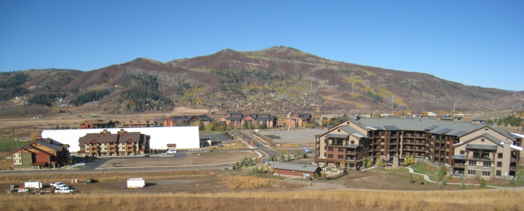 Trailhead Lodge and First Tracks at Wildhorse Meadows